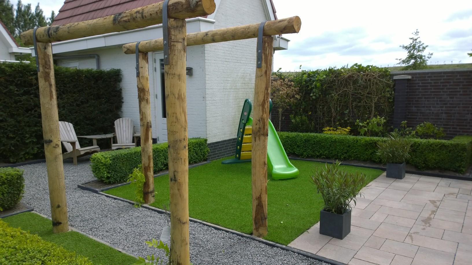 Tuin En Kunstgras : Kleine tuin met kunstgras van breukelen groenvoorzieningen